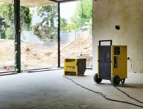 Vysoušení anhydritové podlahy před pokládkou